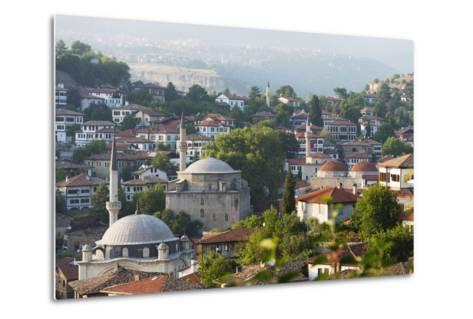 Old Ottoman Town Houses and Izzet Pasar Cami Mosque, Safranbolu, Central Anatolia, Turkey Minor-Christian Kober-Metal Print