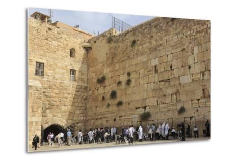 Men's Section, Western (Wailing) Wall, Temple Mount, Old City, Jerusalem, Middle East-Eleanor Scriven-Metal Print