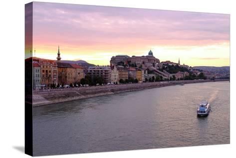 The Danube River and Buda Castle, Budapest, Hungary, Europe-Carlo Morucchio-Stretched Canvas Print