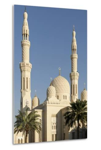 Jumeirah Mosque, Built in the Medieval Fatimid Tradition, Dubai, United Arab Emirates, Middle East-Bruno Barbier-Metal Print