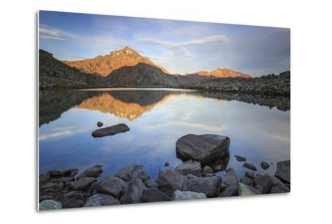 Peak Tambo Reflected in Lake Bergsee at Dawn, Chiavenna Valley, Spluga Valley, Switzerland, Europe-Roberto Moiola-Metal Print