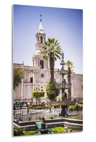 Plaza De Armas Fountain and Basilica Cathedral of Arequipa, Arequipa, Peru, South America-Matthew Williams-Ellis-Metal Print