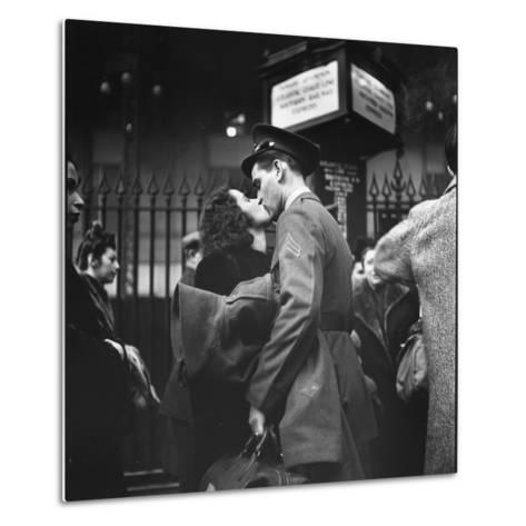 Couple in Penn Station Sharing Farewell Kiss Before He Ships Off to War During WWII-Alfred Eisenstaedt-Metal Print