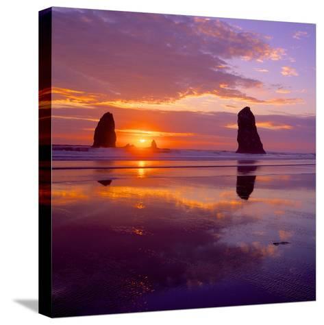 Cannon Beach VIII-Ike Leahy-Stretched Canvas Print