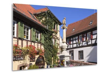 Germany, Baden-WŸrttemberg, Kraichgau (Region), Bretten (Village), Hundles Fountain-Udo Siebig-Metal Print