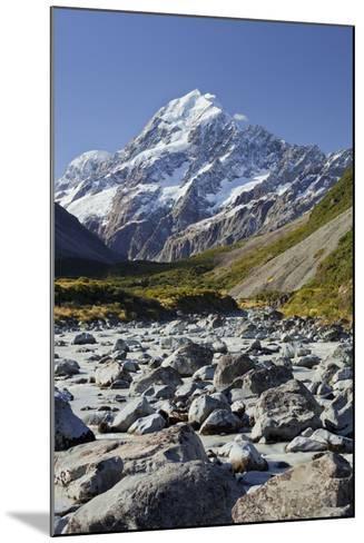 Aoraki, Hooker River, Mount Cook National Park, Canterbury, South Island, New Zealand-Rainer Mirau-Mounted Photographic Print