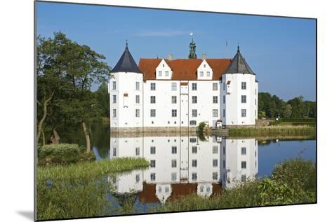 Germany, Schleswig-Holstein, GlŸcksburg, GlŸcksburg Castle, Front View-Chris Seba-Mounted Photographic Print
