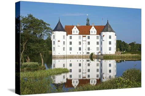Germany, Schleswig-Holstein, GlŸcksburg, GlŸcksburg Castle, Front View-Chris Seba-Stretched Canvas Print