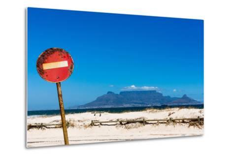 South Africa, Cape Town, Table Mountain, Rusted Sign-Catharina Lux-Metal Print