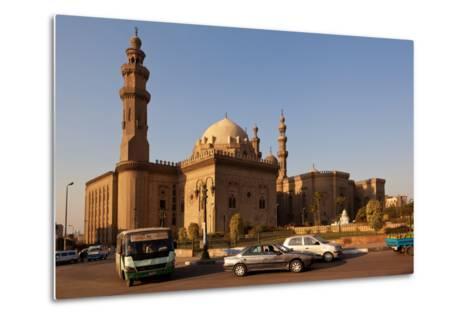Egypt, Cairo, Mosque-Madrassa of Sultan Hassan, Traffic-Catharina Lux-Metal Print