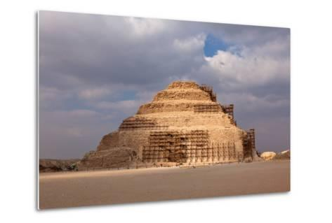 Egypt, Cairo, Saqqara, Step Pyramid of Djoser, the Oldest Stone Structure of the World-Catharina Lux-Metal Print