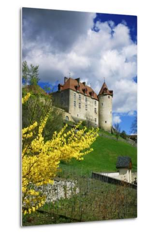 Switzerland, 'Chateau De Gruy?res' in the Swiss Canton Fribourg on a Sunny Spring Day-Uwe Steffens-Metal Print