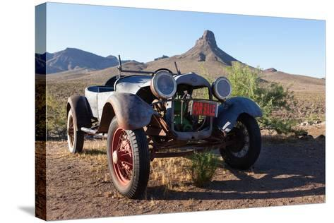 USA, Arizona, Route 66, Vintage Car-Catharina Lux-Stretched Canvas Print