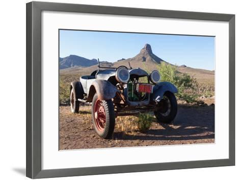 USA, Arizona, Route 66, Vintage Car-Catharina Lux-Framed Art Print
