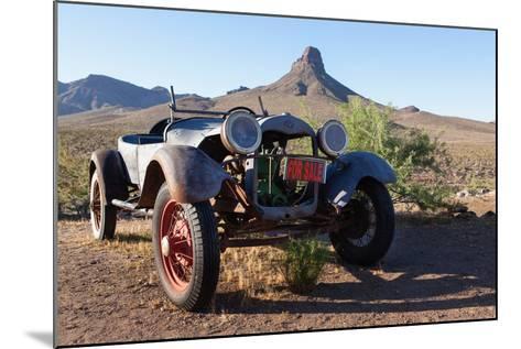 USA, Arizona, Route 66, Vintage Car-Catharina Lux-Mounted Photographic Print