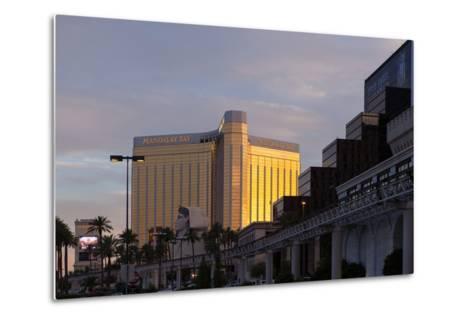 USA, Las Vegas, Hotel Mandala Bay, Evening Light-Catharina Lux-Metal Print