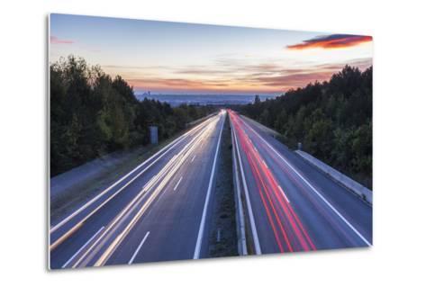 Wiener Au§enring Autobahn A21' (Highway), View from Gie§hŸbl to Vienna, Austria, Europe-Gerhard Wild-Metal Print