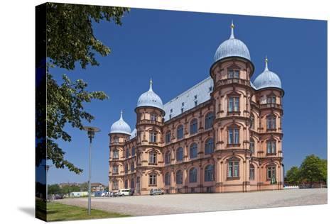 Germany, Baden-WŸrttemberg, Karlsruhe, Castle Gottesaue-Chris Seba-Stretched Canvas Print