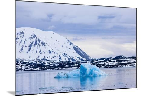 Norway, Spitsbergen, Tinayra Bukta, Rock Coast, the Atlantic, Iceberg-Frank Lukasseck-Mounted Photographic Print