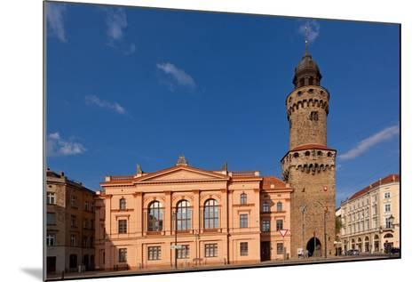 Germany, Saxony, Gšrlitz, Humboldt House and Reichenbacher Tower-Catharina Lux-Mounted Photographic Print
