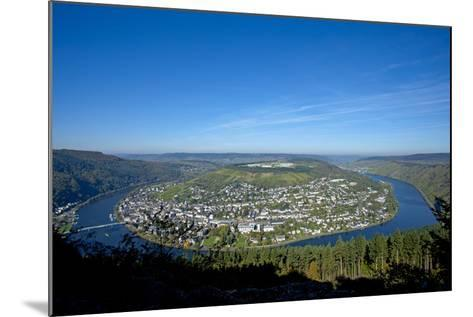 Germany, Rhineland-Palatinate, Traben-Trarbach, Moselle Valley, Overview, Moselle Loop-Chris Seba-Mounted Photographic Print