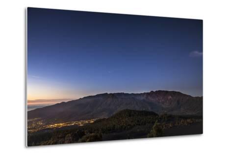 Night Photography with Starry Sky, View on the Caldera De Taburiente-Gerhard Wild-Metal Print