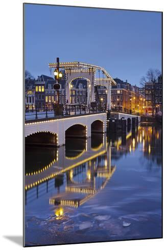 Magere Brug (Bridge), Amstel, Amsterdam, the Netherlands-Rainer Mirau-Mounted Photographic Print