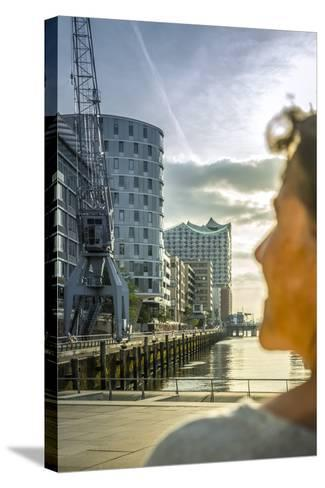 Germany, Hamburg, Hafencity, 'Magellan-Terrassen', 'Sandtorkai', 'Sandtorhafen' (Harbour-Ingo Boelter-Stretched Canvas Print