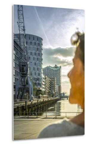 Germany, Hamburg, Hafencity, 'Magellan-Terrassen', 'Sandtorkai', 'Sandtorhafen' (Harbour-Ingo Boelter-Metal Print