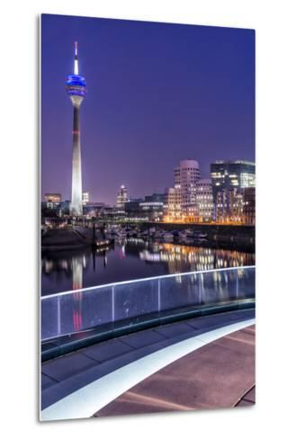 DŸsseldorf, North Rhine-Westphalia, Media Harbour with Television Tower and Gehry Houses at Dusk-Bernd Wittelsbach-Metal Print