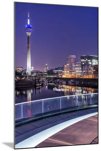 DŸsseldorf, North Rhine-Westphalia, Media Harbour with Television Tower and Gehry Houses at Dusk-Bernd Wittelsbach-Mounted Photographic Print