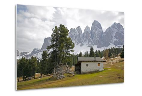 Italy, South Tyrol, the Dolomites, Geislerspitzen-Alfons Rumberger-Metal Print
