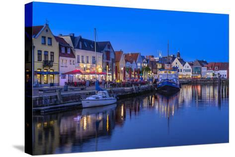 Germany, Schleswig-Holstein, North Frisia, 'Husumer Bucht' (Bay), Husum-Udo Siebig-Stretched Canvas Print