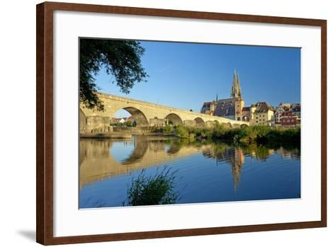Germany, Bavaria, Regensburg, Old Stone Bridge, the Danube, Cathedral-Chris Seba-Framed Art Print