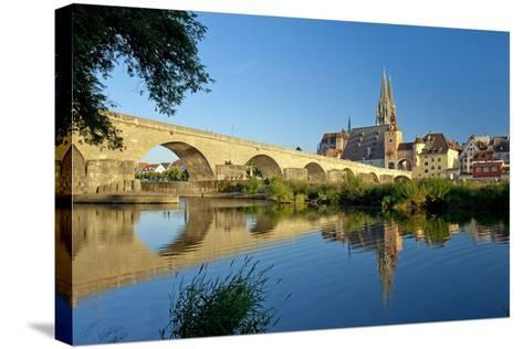 Germany, Bavaria, Regensburg, Old Stone Bridge, the Danube, Cathedral-Chris Seba-Stretched Canvas Print