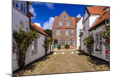 Germany, Schleswig-Holstein, North Frisia, 'Husumer Bucht' (Bay), Husum-Udo Siebig-Mounted Photographic Print