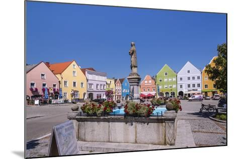Austria, Upper Austria, Innviertel, Obernberg on the Inn, Marketplace, Rococo Facade-Udo Siebig-Mounted Photographic Print