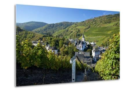 Germany, Rhineland-Palatinate, the Moselle, Traben-Trarbach, Catholic Parish Church St. Nicholas-Chris Seba-Metal Print