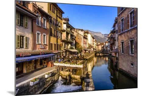 France, Rh™ne-Alpes, Haute-Savoie, Annecy, River Thiou, Old Town-Udo Siebig-Mounted Photographic Print
