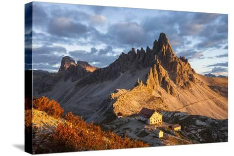 Europe, Italy, South Tyrol, the Dolomites, Paternkofel, Dreizinnenh?tte-Gerhard Wild-Stretched Canvas Print