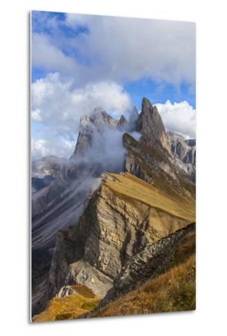 Europe, Italy, the Dolomites, South Tyrol, Seceda, Geisler Group-Gerhard Wild-Metal Print