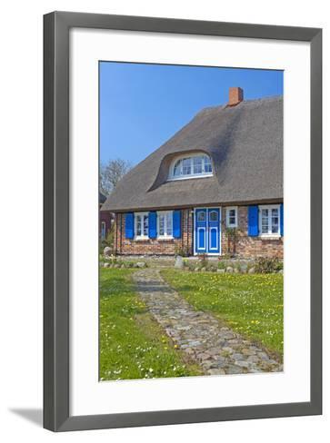 Europe, Germany, Mecklenburg-Western Pomerania, Baltic Sea Island R?gen, Thatched Roof House-Chris Seba-Framed Art Print