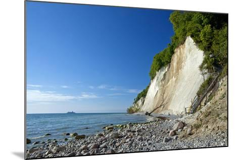 Germany, the Baltic Sea, Western Pomerania, Island RŸgen, Chalk Rocks, Ferry, Horizon-Chris Seba-Mounted Photographic Print