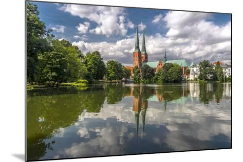 Germany, Schleswig - Holstein, LŸbeck (City), Old Town, Cathedral, Trave (River)-Ingo Boelter-Mounted Photographic Print