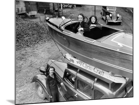 Chris-Craft Girls with Two Classics--Mounted Photographic Print