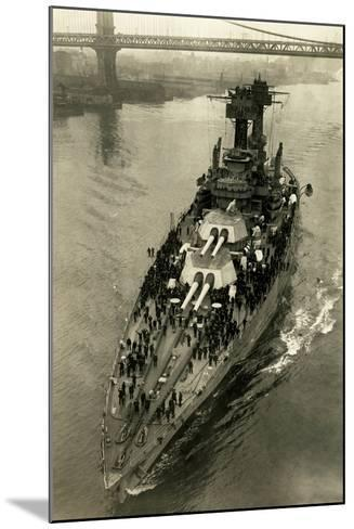 Battleship Maryland in the East River-Edwin Levick-Mounted Photographic Print
