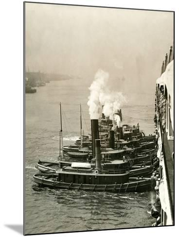 Tugboats Moving the Steamship Mutual-Edwin Levick-Mounted Photographic Print