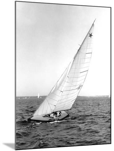 Star Class Boat Sail Number 1518 Heeled to Starboard-Edwin Levick-Mounted Photographic Print