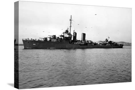 USS Worden (DD-352)--Stretched Canvas Print