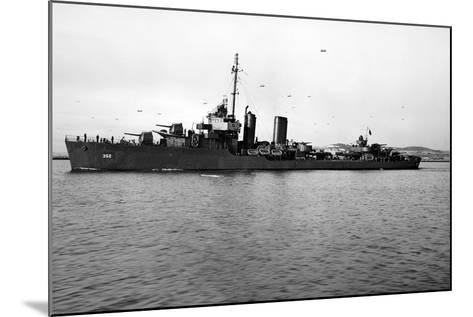 USS Worden (DD-352)--Mounted Photographic Print